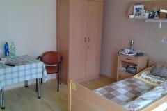 1 lůžkový pokoj s balkonem a předsíní